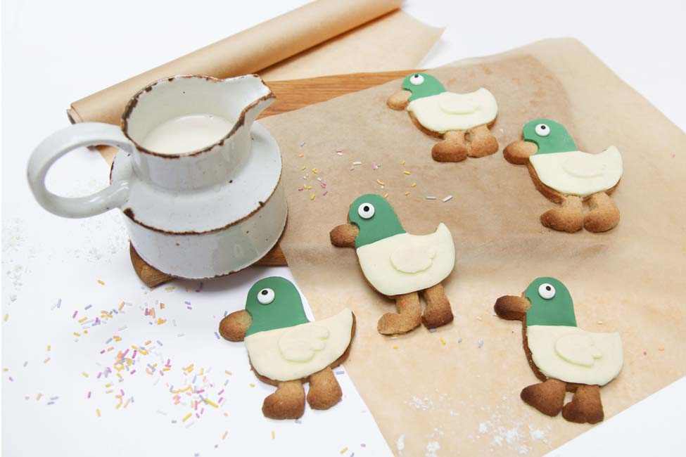 How to Make Sarah and Duck Cookies or Biscuits - Recipe